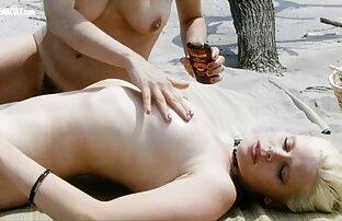 یک سوپر سکسی کس کردن زن نوجوان fucks در کاندوم با یک شریک