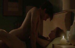 نوجوان خوش دانلود کلیپ سکس کردن تیپ انداخت یک زن با موهای خاکستری برای رابطه جنسی