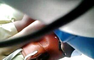 مرد طاس فیلم سکس کردن در اینستاگرام سرخ شده با عینک در موقعیت دختر گاوچران