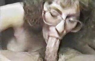 بلند و باریک ورزشکار در زمان یک سکس کوس کردن مربی در دهان او